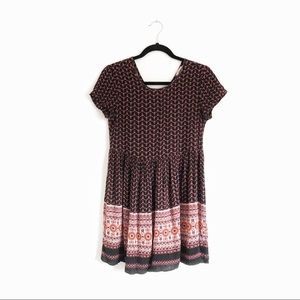 UO Pins and Needles Medallion Print Top Pink Small